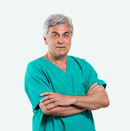 Dott. Stefano Ferranti, chirurgo specializzato nella tecnica PBS per la cura dell'alluce valgo.
